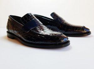 Kösele Ayakkabı Nasıl Giyilmeli?